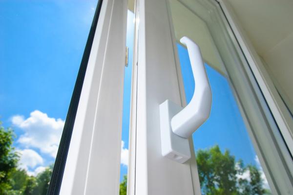 Случаи, когда ремонт пластиковых окон просто необходим